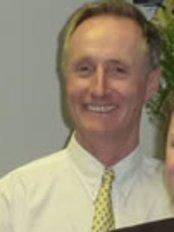 Dr Warren Gamblin