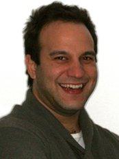 Dr George Triantafyllidis