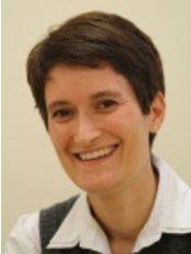 Dr Christine Marzahn