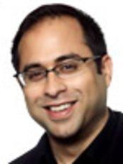 Dr Usman Qureshi