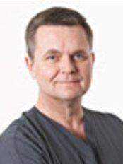 Dr John Campaigne