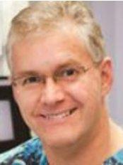 Dr Michael Powell