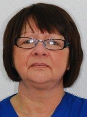 Mrs Lynne Bedford