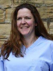 Dr Liz Bolton