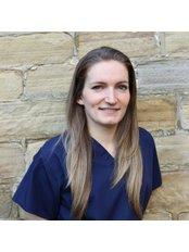 Dr Jennifer Noone