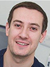 Dr Omer Mustafa