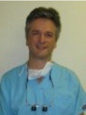 Dr Jason Dean