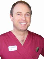 Dr Colin Gardner
