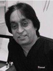 Dr Dinesh Vegad